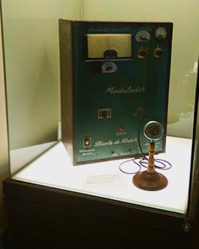 transmisor A.M . para banda de Radio Aficionado