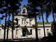 Fachada principal del Museo Nacional de Antropología